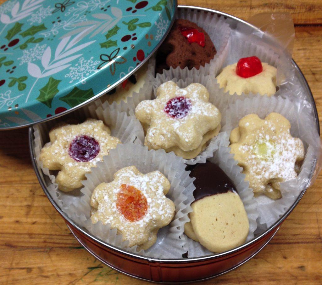 Fall Winter Butter Cookie Tin